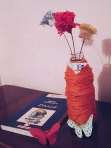 flori de hârtie în culorile drapelului