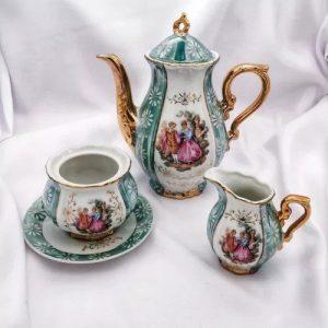 ceainic vintage