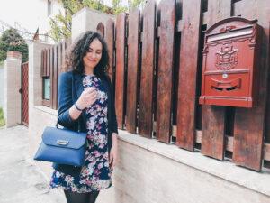 geantă pe cot albastră